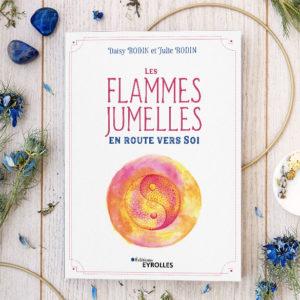 """Couverture du livre """"Les flammes jumelles, en route vers soi"""" par Daisy et Julie Bodin"""